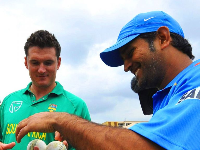 You doubt you will find someone who doesn't get along with MS Dhoni, says Graeme Smith
